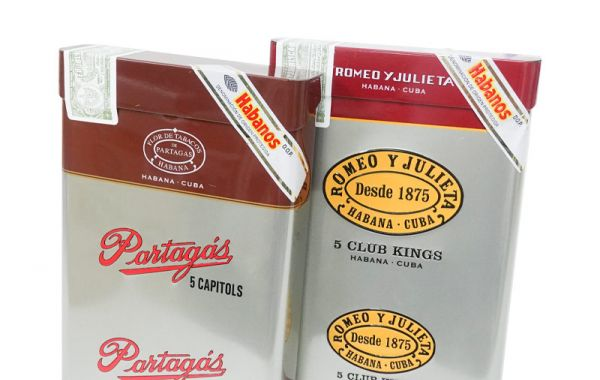 10 sticks each of Partagas Capitols & Romeo Y Julieta Club Kings