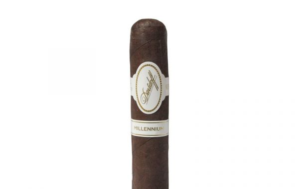 Davidoff Millennium Blend Short Robusto Cello